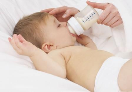 facts about Mixing Breastfeed and Formula