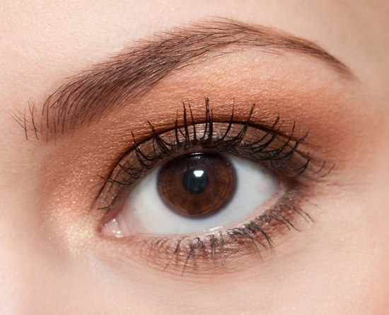 causes and remedies of eyebrows thinning