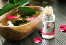 5 DIY Homemade Facial Sprays to Refresh Your